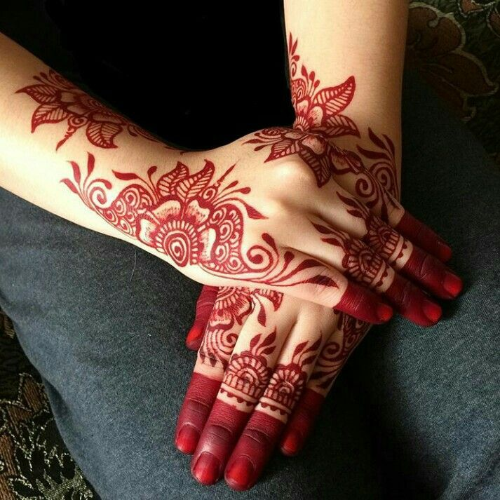 Red Mehndi Designs