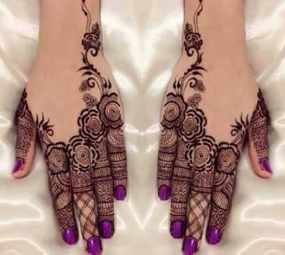 Rosette and Filigree Mehndi Designs