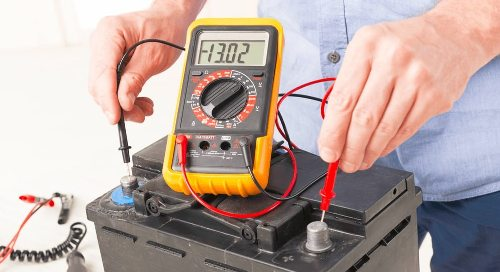 Testing a car battery with a multimeter Simple Guide